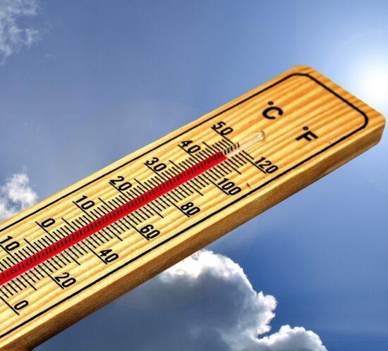 Calor y ascensores, cómo puede afectar